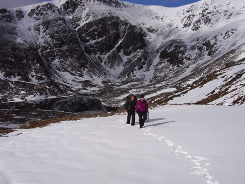 Jodie and Tej walking out of Cwm Lloer on the way to Carnedd Dafydd.