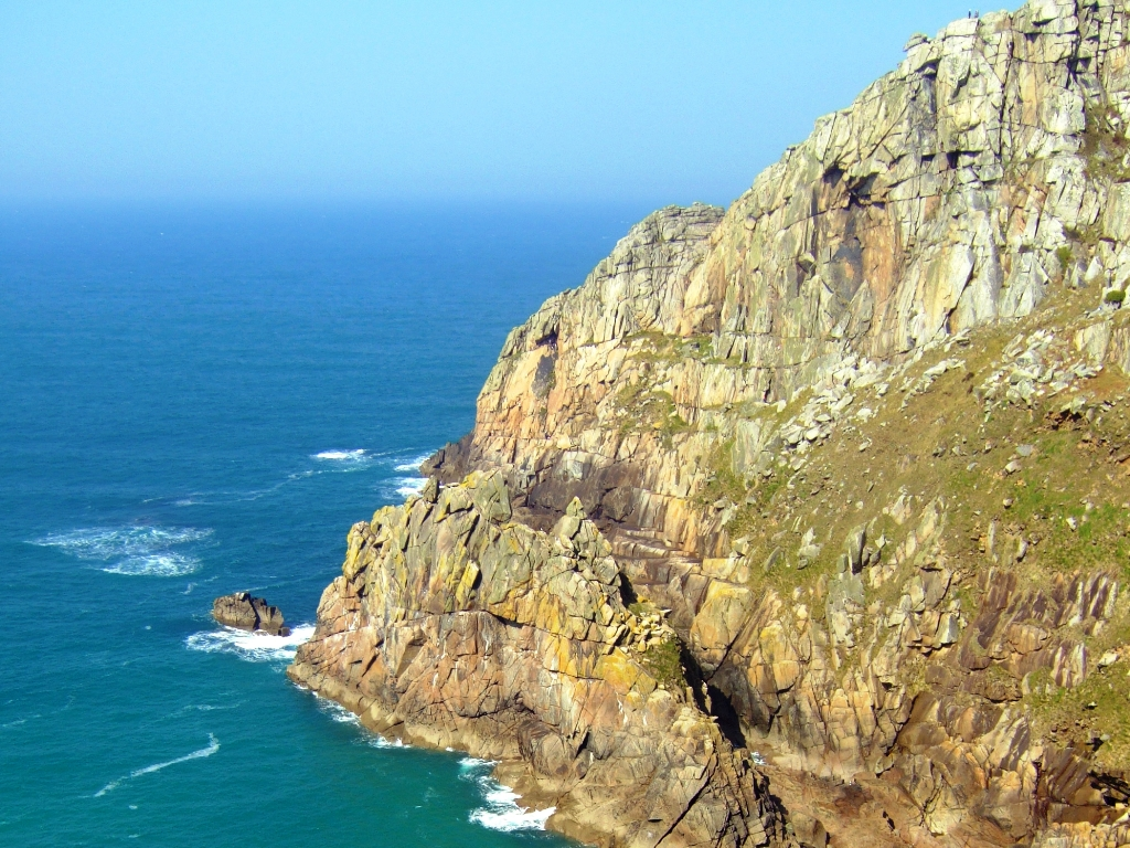 Rock climbing courses in Cornwall