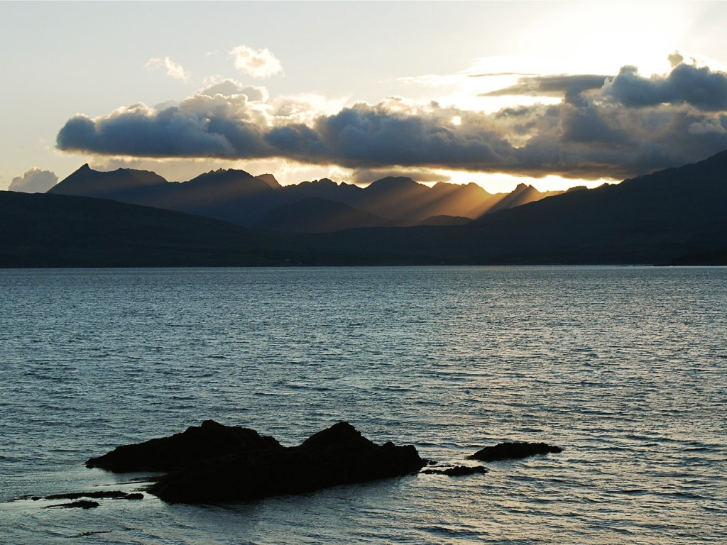 Rock Climbing and Mountaineering Courses on the Isle of Skye