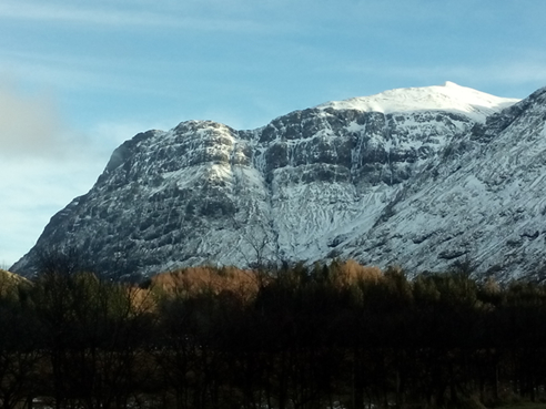 The west face of Aonach Dubh.